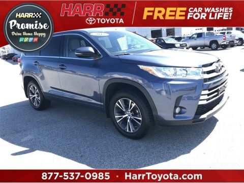 Pre-Owned 2017 Toyota Highlander 4D Sport Utility AWD