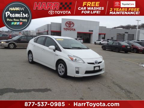 Pre-Owned 2010 Toyota Prius III
